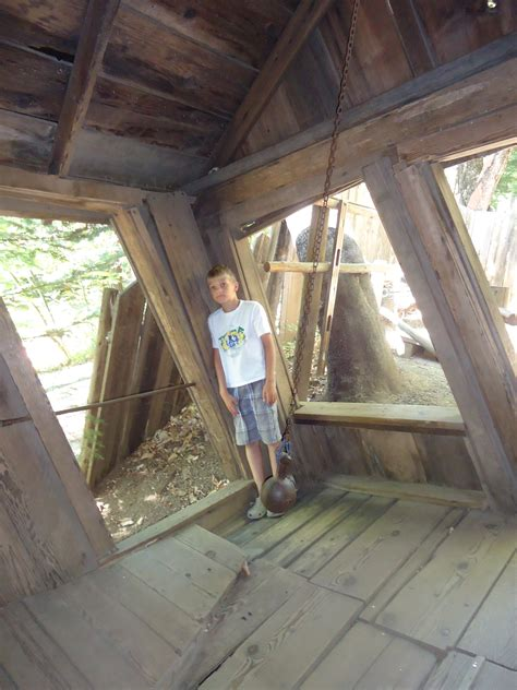 The Oregon Vortex and House of Mystery - Pitstops for Kids