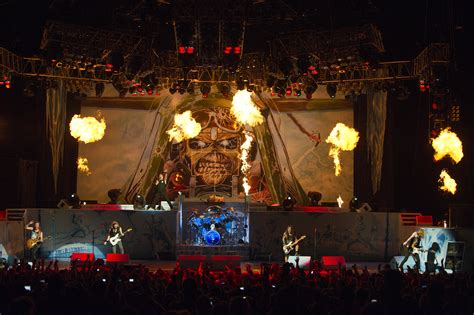 Live Review and Photos: Iron Maiden, July 5, 2012, Chicago