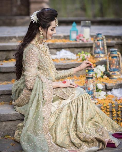 Nimra Khan Look Gorgeous In Bridal Photoshoot | Reviewit