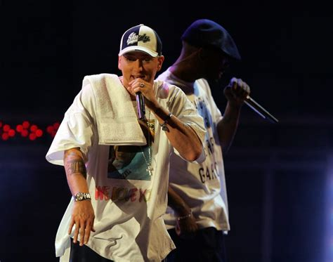 People Believe These Photos Prove Eminem Died In 1999