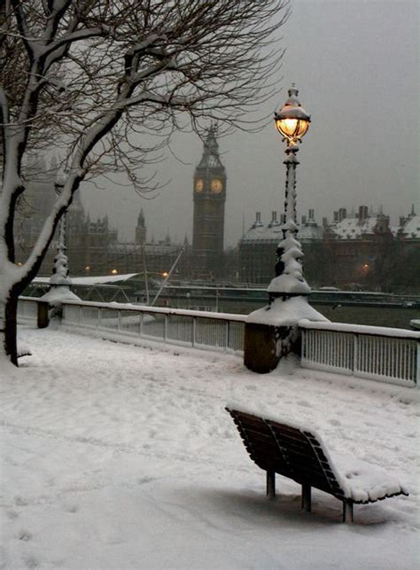 London In The Snow Pictures, Photos, and Images for