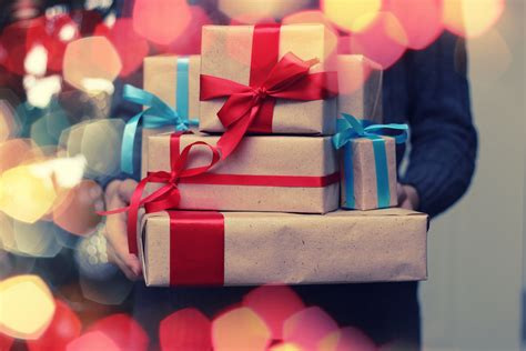 Not Sure What Gift to Give? Ask These 3 Questions First