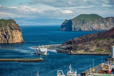 The Westman Islands | Why Are They So Interesting? | Bungalo