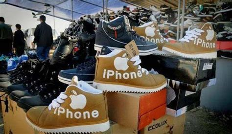 32 Ridiculous Chinese Knockoffs That Are Hilariously Bad