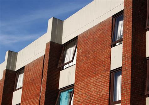 Park Houses : On-campus accommodation :