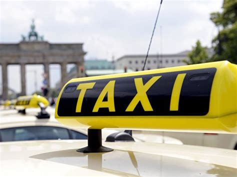 Taxi: Phone Numbers, Fares, Rules – Berlin