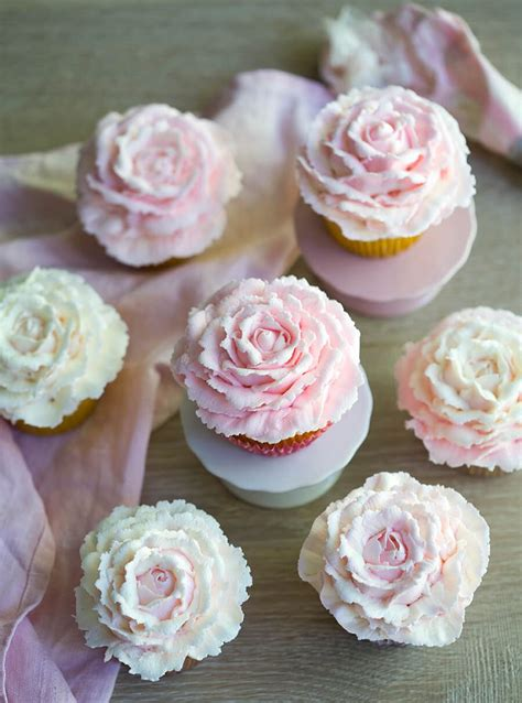 Rose Cupcakes are SO pretty for spring, baby showers, or