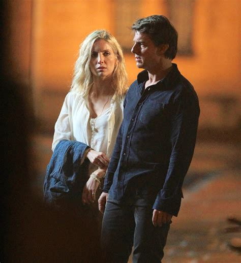 Tom Cruise on the set of The Mummy with Annabelle Wallis
