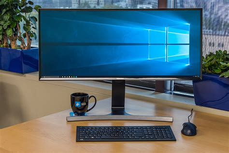 Ultra-Ultra-wide, 8K, and 144Hz curved: 2016 is going to