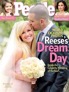 Reese Witherspoon met husband Jim Toth when he 'rescued