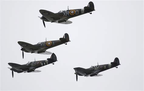 Battle of Britain flypast: Watch 40 Spitfires and