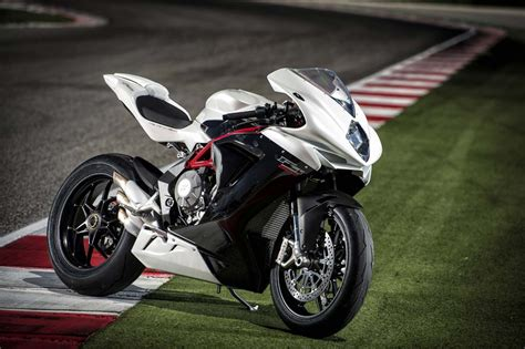 2014 MV Agusta F3 800 - First Impressions - Motorcycle