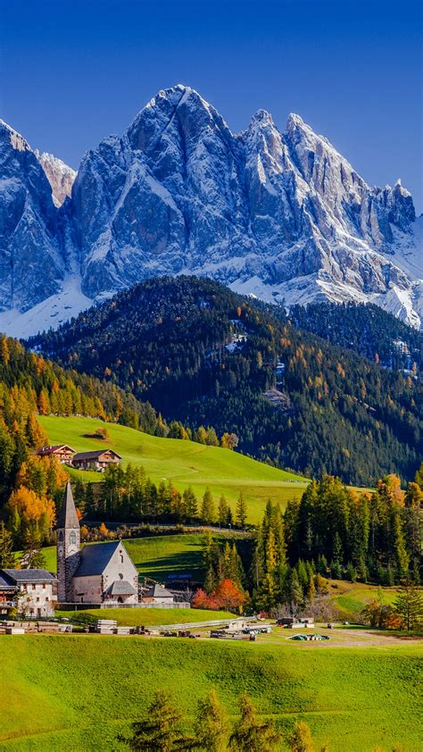 Santa Maddalena Church in autumn, Val di Funes, Bolzano