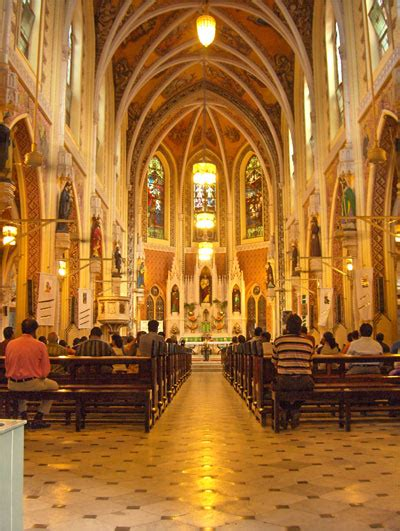 Cathedral of the Holy Name, Mumbai - Wikipedia
