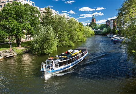 Historical Canal Tour – Boat sightseeing in Stockholm, Sweden