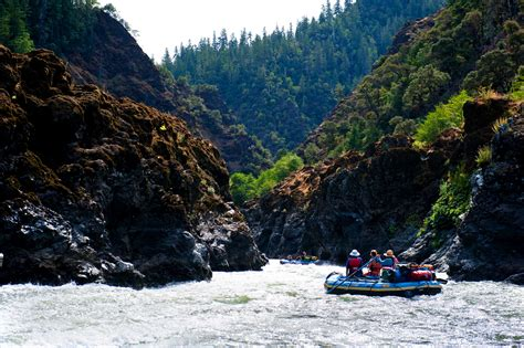 Rogue River Rafting Trips | Overnight Guided Rafting | All