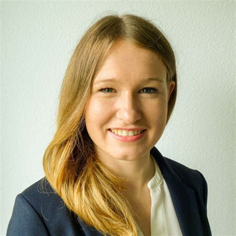 Sabrina Syska - Investment Controllerin - ZF Group | XING