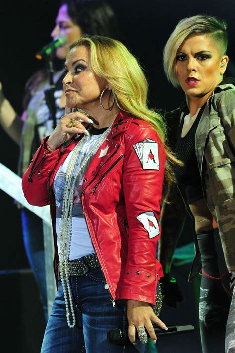 Anastacia - Tour With Her New Record 'Ultimate Collection