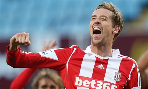Here's A Video Of Peter Crouch Off His Face In Ibiza