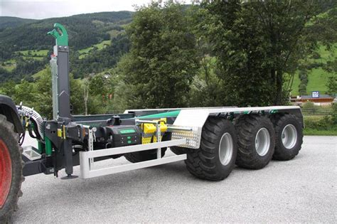 Used -itrunner-itr-22-33 tipper trailers Year: 2015 for